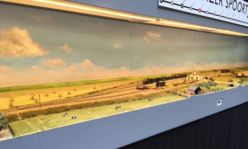 A model railway at the 2015 'ontraxs' exhibition in Utrecht